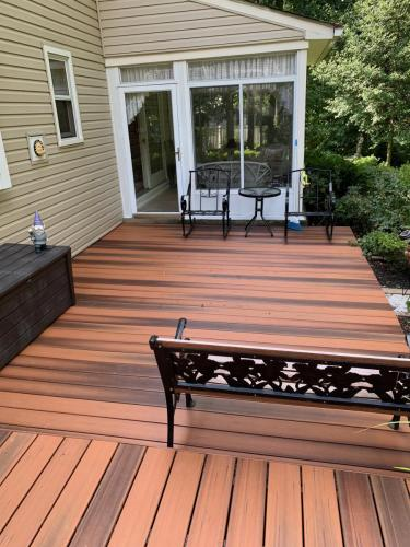 Haddonfield Deck